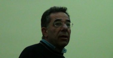 θάνατο του καθηγητή Γιάννη Κωστόπουλου